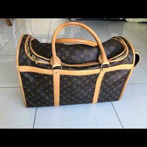 🔥Louis Vuitton Dog Carry on 🔥🔥🔥🔥🔥🔥🔥🔥🔥🔥